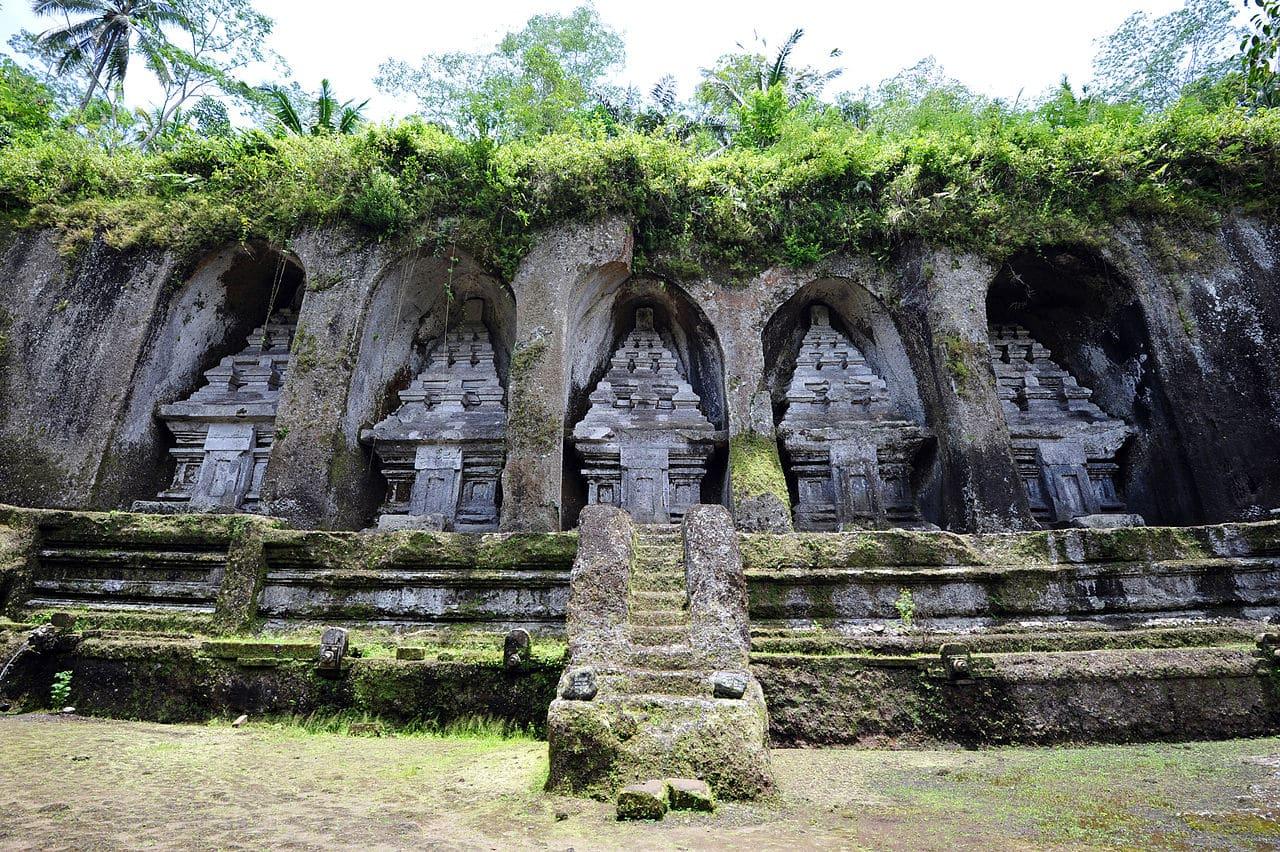 passeios na Indonésia templos