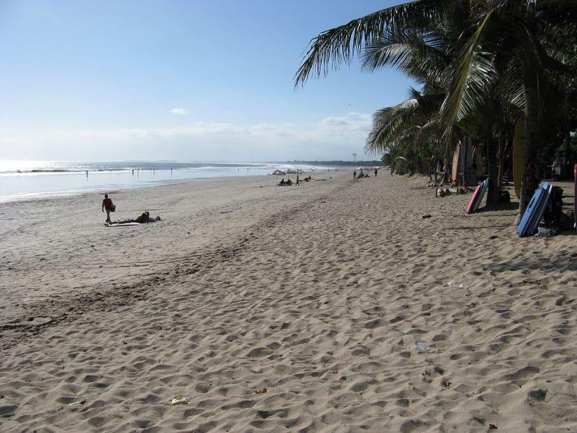 passeios na Indonésia surf