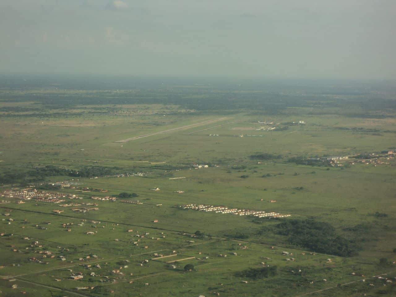 nome do aeroporto de santa cruz de la sierra