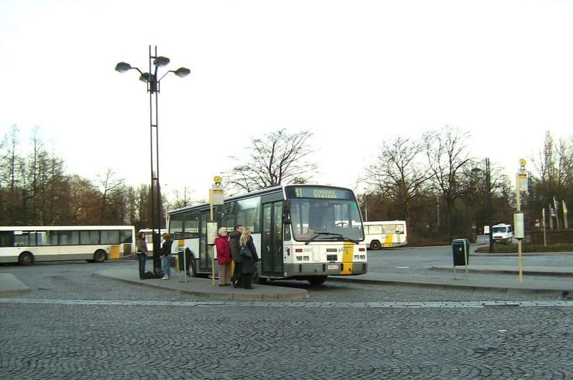 ônibus em bruges