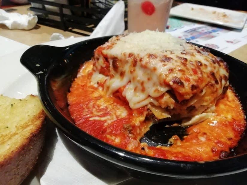 quanto custa viajar para Assis restaurantes