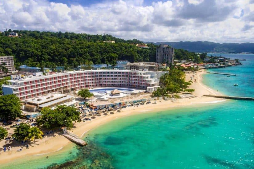 moeda da jamaica hospedagem