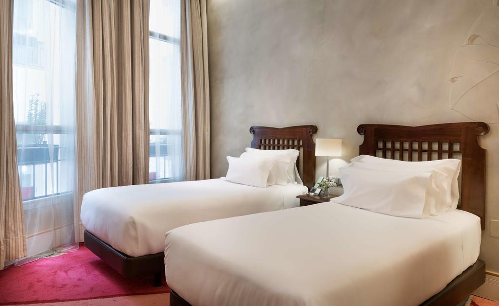 hotéis luxuosos em Madri