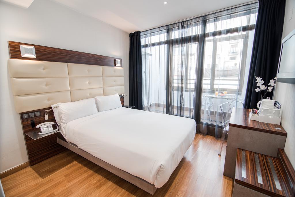 hotéis perto de Palácio Real de Madrid