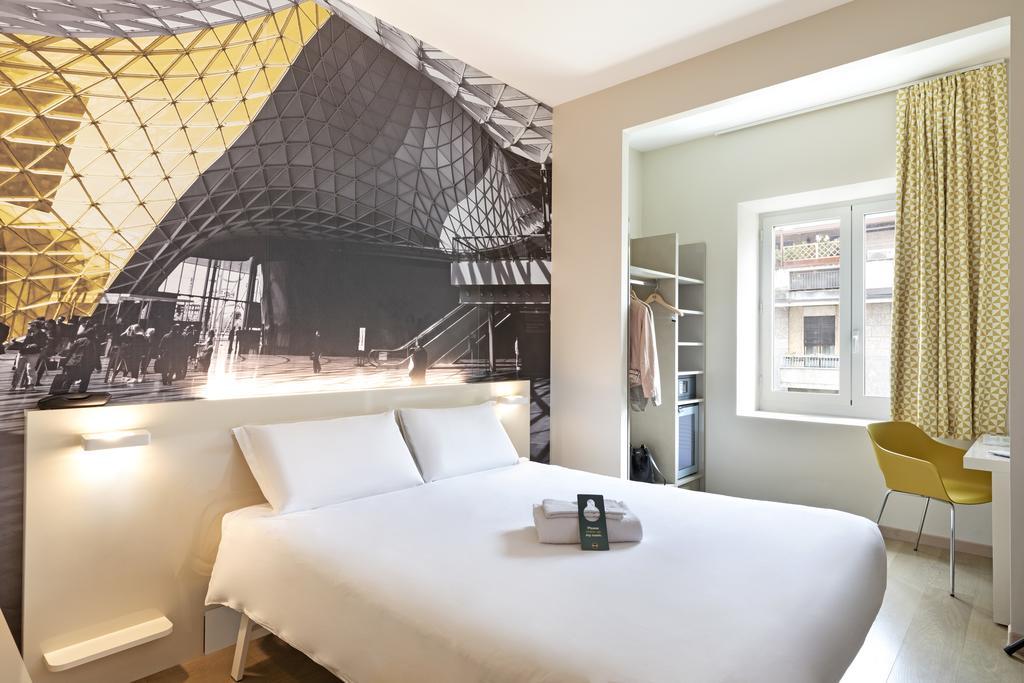 quanto custa um hotel em Milão