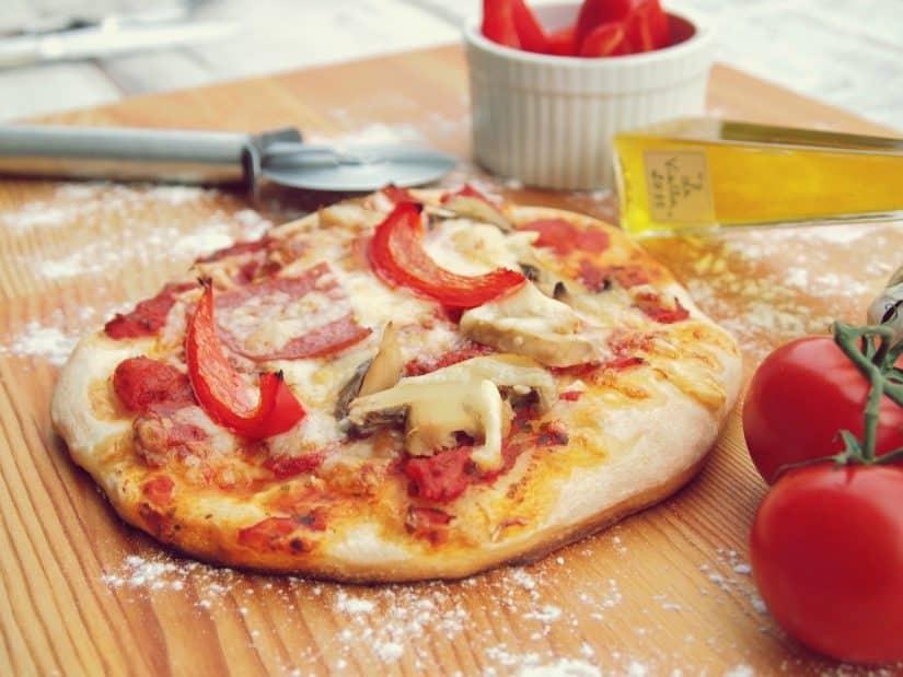 o que comer em nápoles pizza
