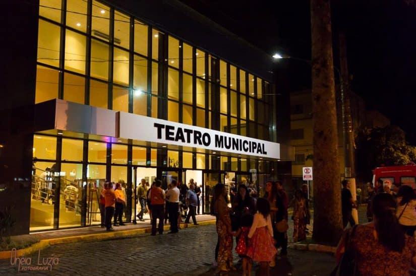ubatuba teatro