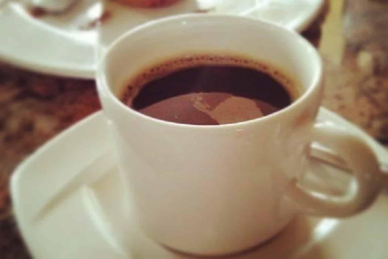 Chá de chocolate