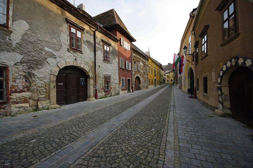 cidade medieval na hungria