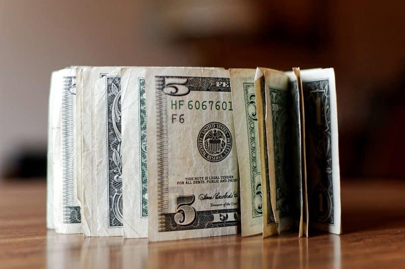 paises que tem o dolar como moeda