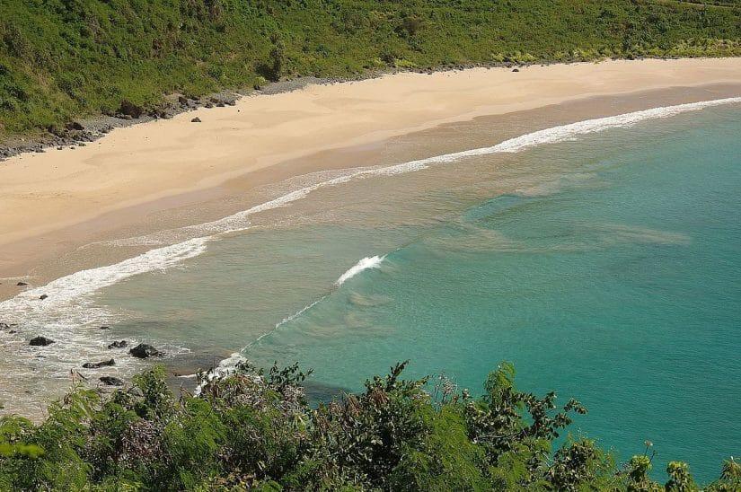 praia do meio Fernando de Noronha