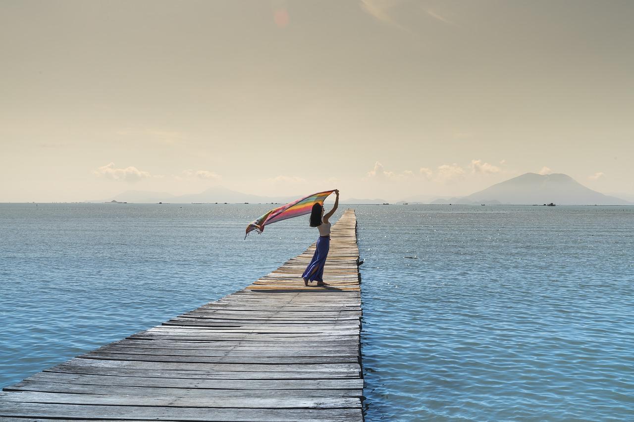 legenda reflexiva mulher sozinha