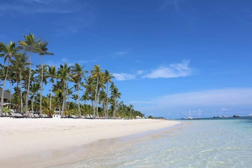 Qual a melhor praia do mundo para crianças?