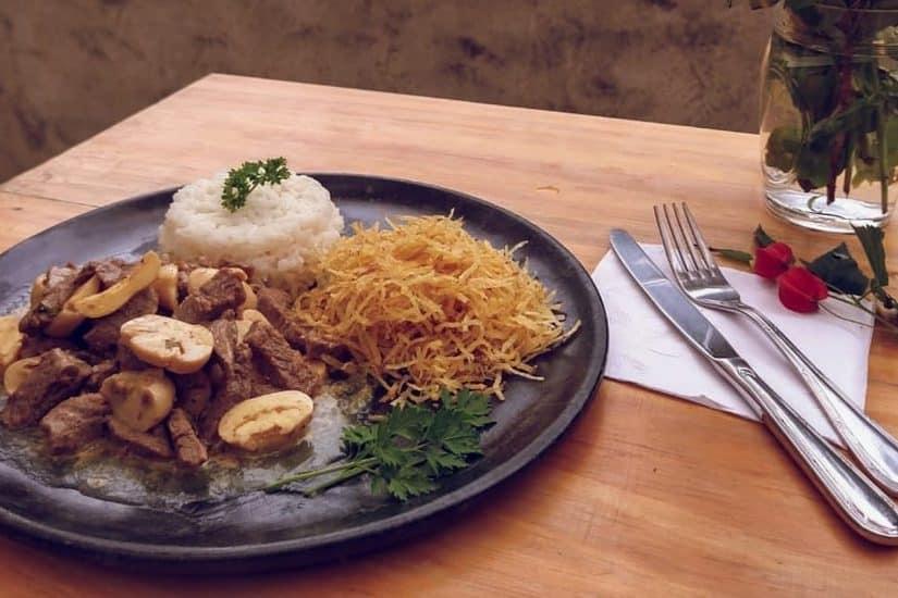 Restaurantes na região de Corrêas