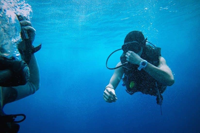 mergulho na indonesia
