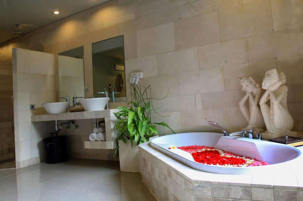 hotel barato em Nusa Dua