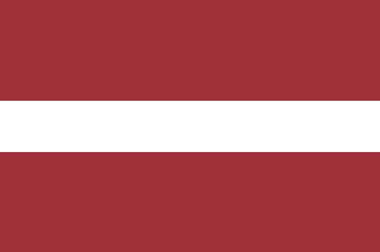 letonia bandeira