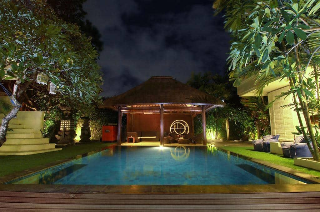 hostel com piscina em Bali