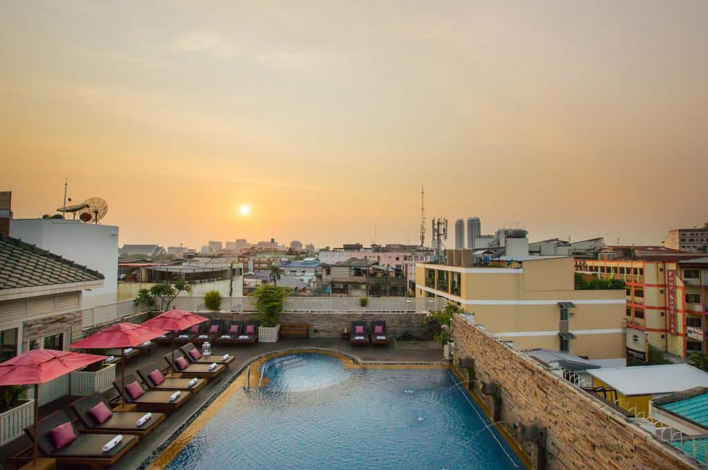 hotel bangkok piscina panoramica