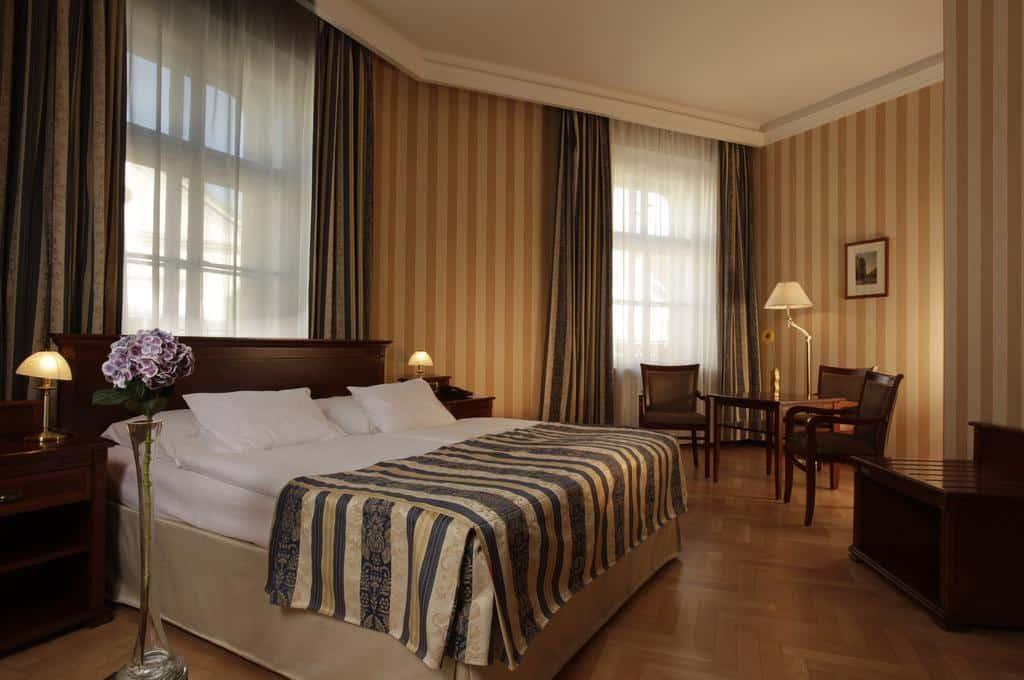 onde ficar em praga hotel