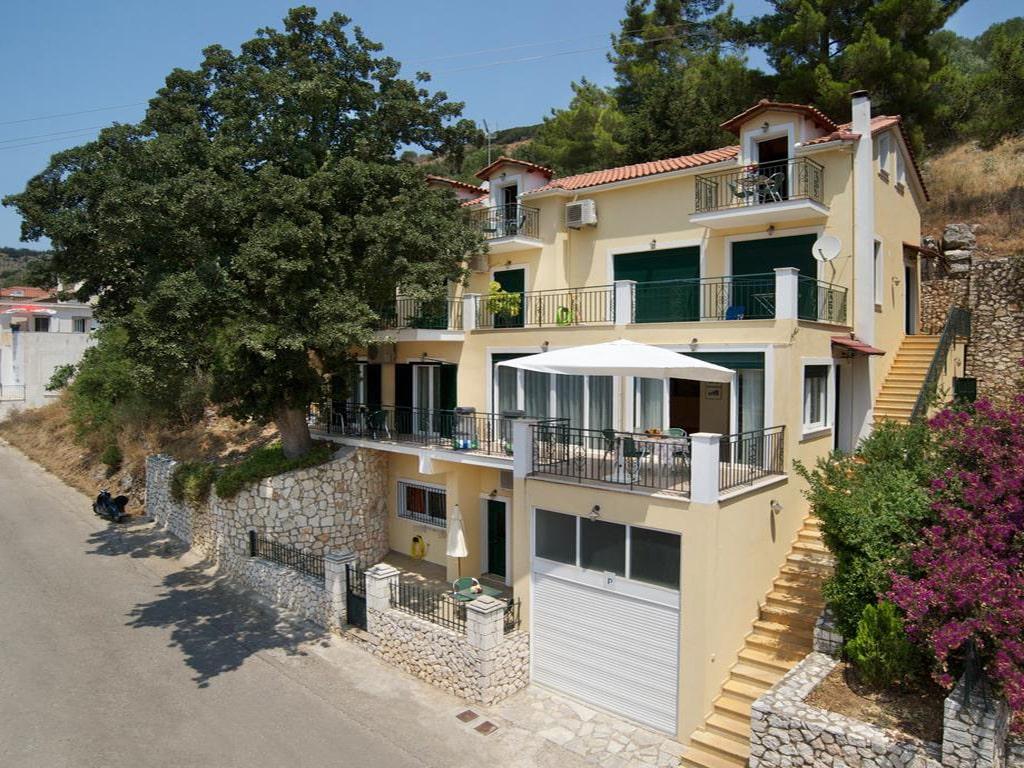 hotéis recomendados em Cefalônia perto da praia