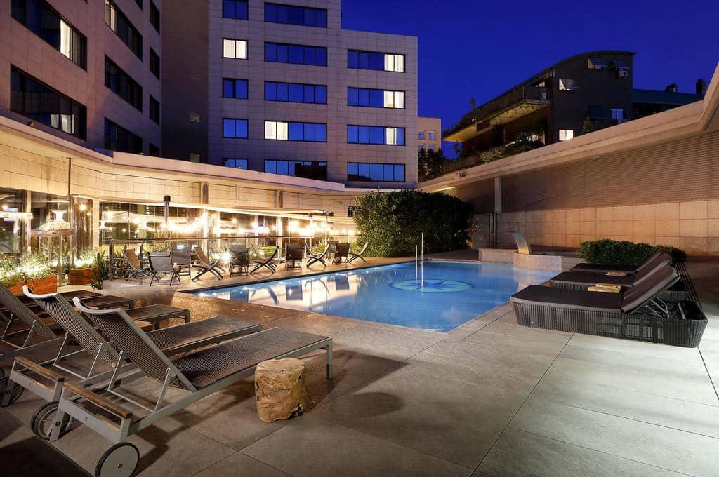 hotéis em barcelona perto do porto
