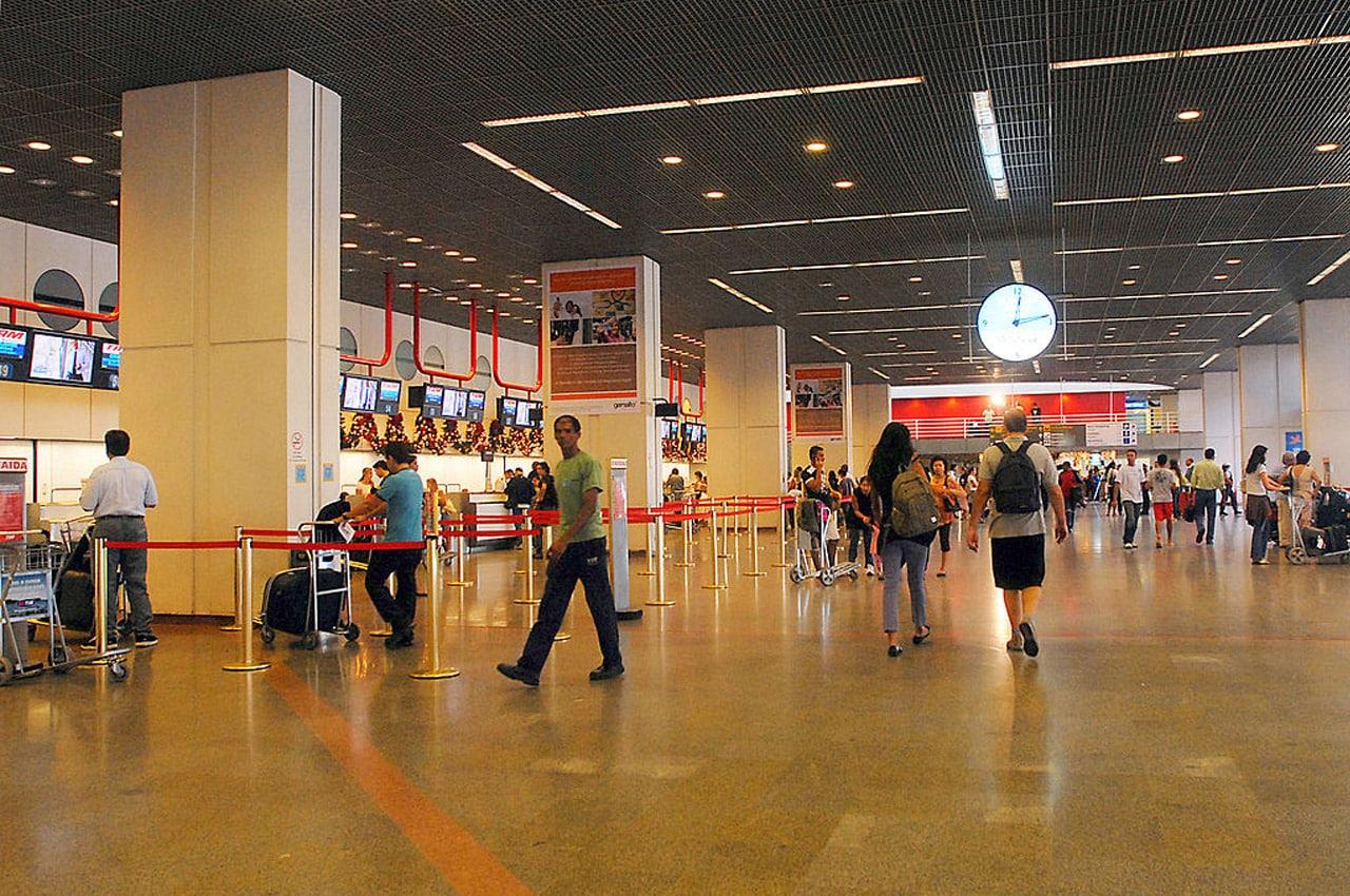 aeroporto de brasilia por dentro
