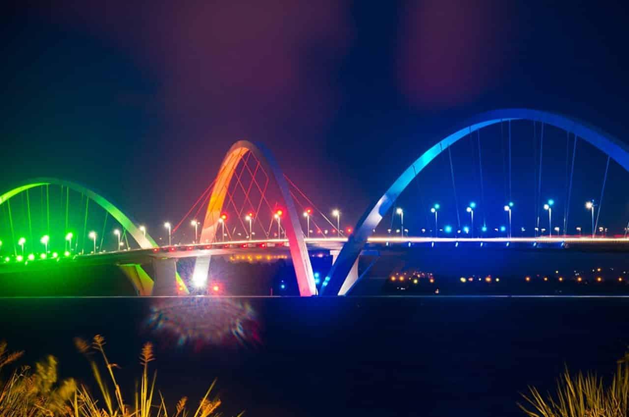 ponte jk a noite