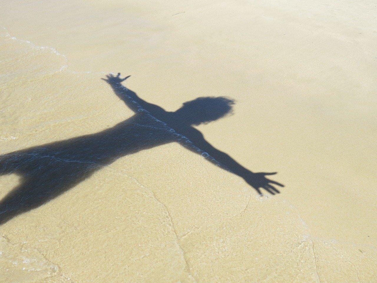 fotos de sombra na praia