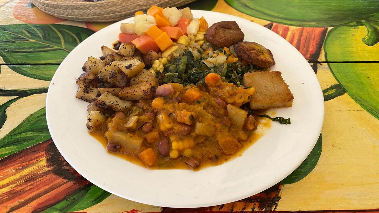 Culinária Rastafári é típica da Jamaica