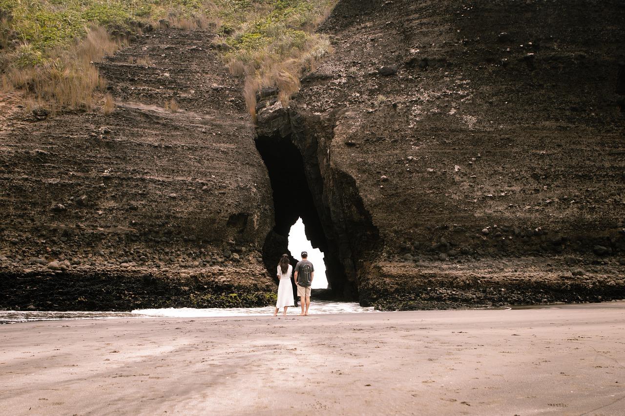 Ensaio fotográfico na praia para casal