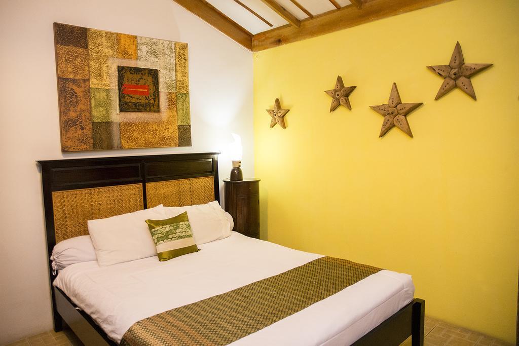 hotéis em Díli