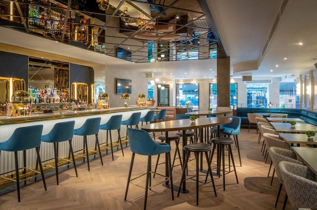hotel com pub em dublin