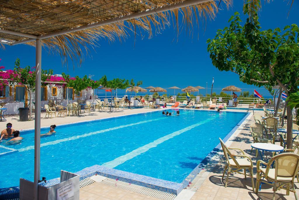 hotéis em Santorini para famílias