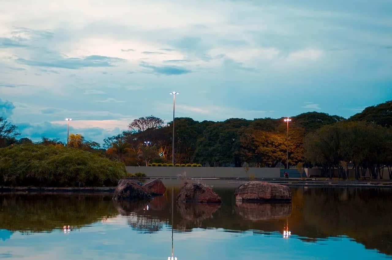 espelho d'água brasilia