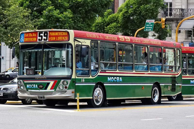 Andar de ônibus em Buenos Aires