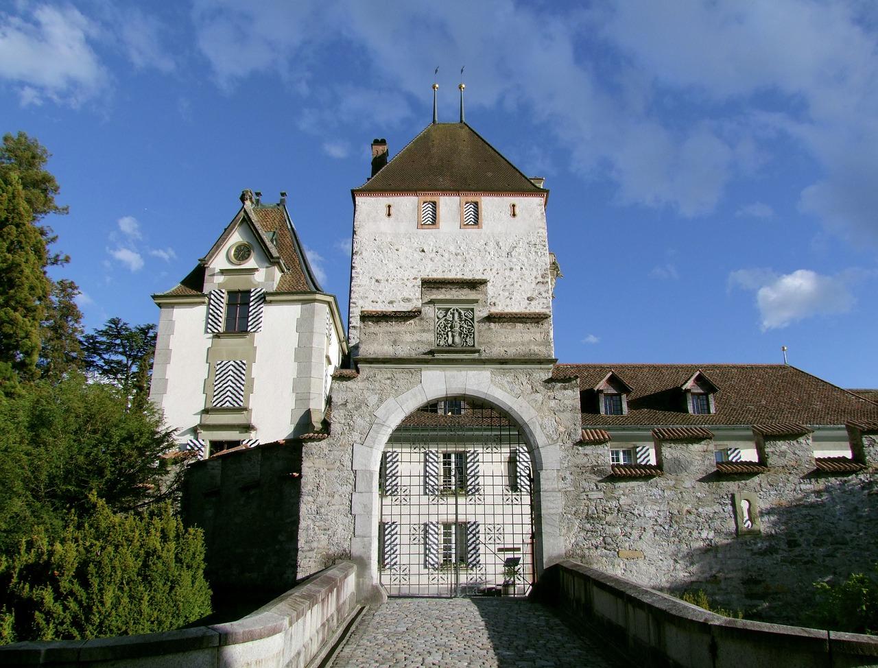 castelos da suiça