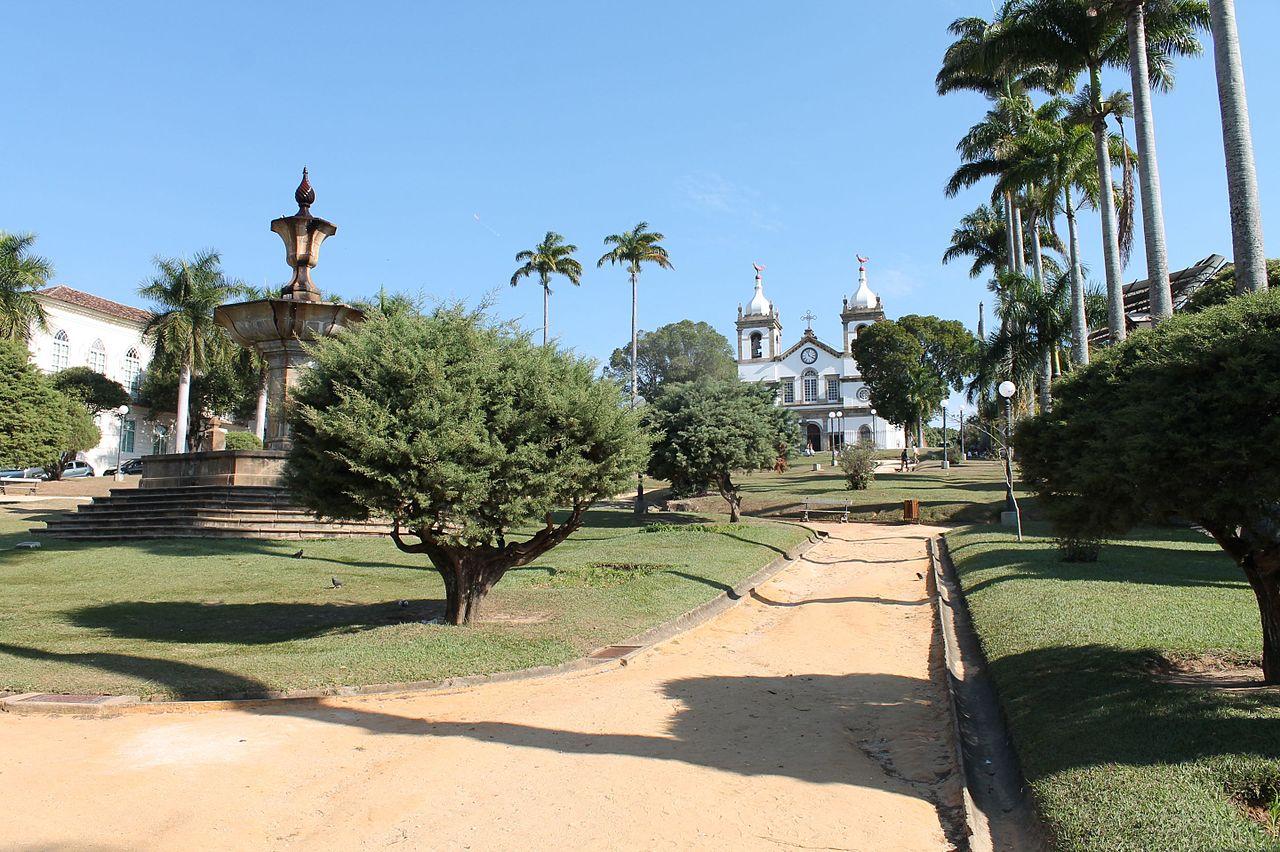 cidades turísticas pequenas no Brasil