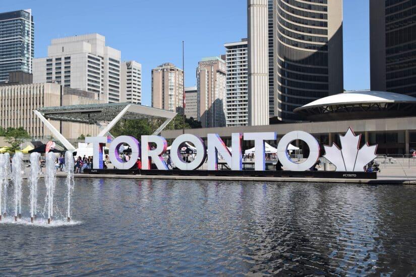 Preço de viagem para Toronto