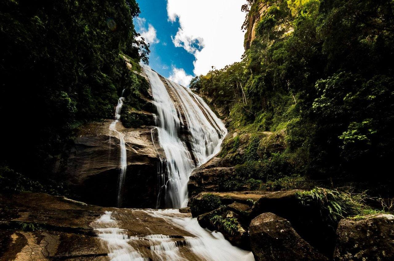Ilhabela cachoeiras