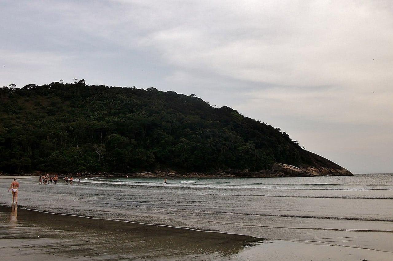 melhores praias do guarujá