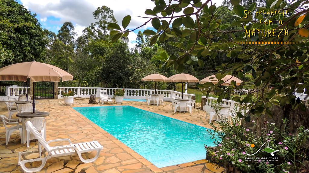 hotel fazenda com piscina