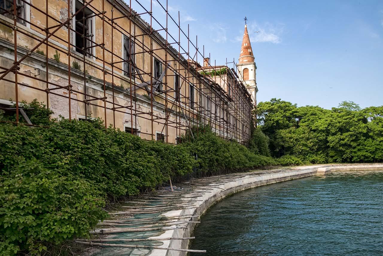 ilhas abandonadas na itália