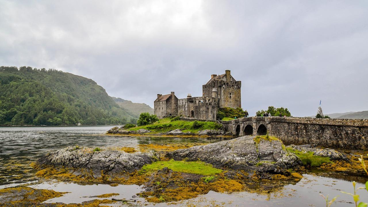 castelos abandonados na europa