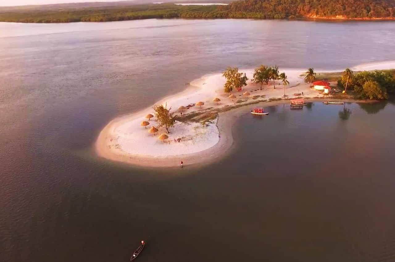 ilhas do brasil
