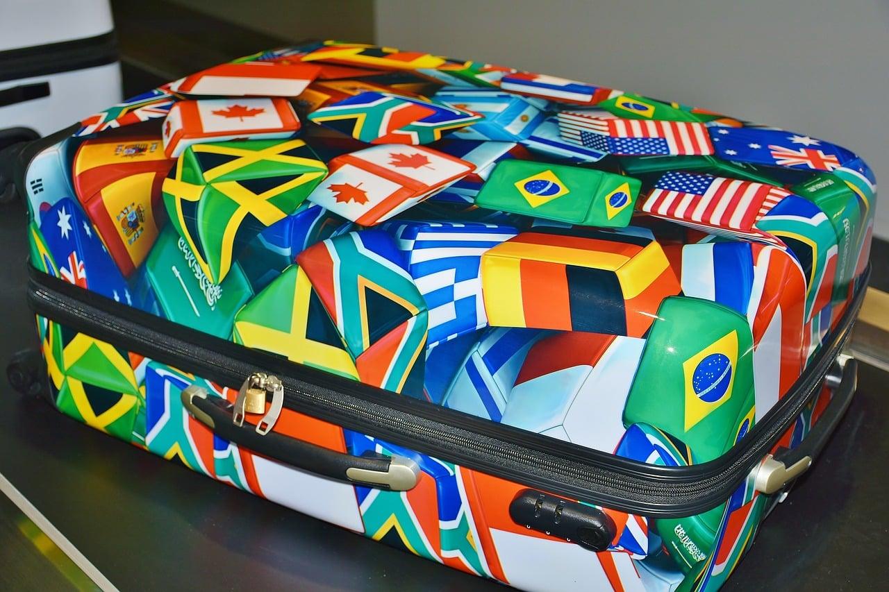 Qual o melhor site para comprar malas de viagem?