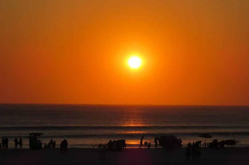 onde ver o por do sol em arraial