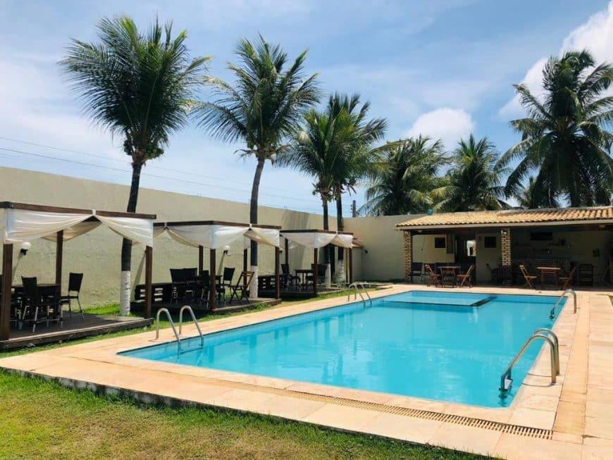 Pousada com piscina perto de Fortaleza