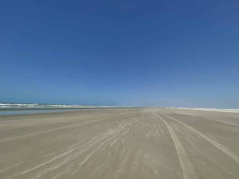 tem praia em barreirinhas Lençóis Maranhenses